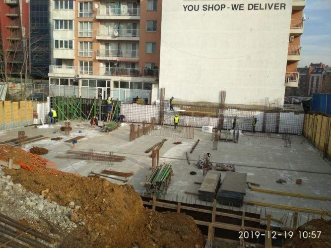 """Жилищна сграда с подземен гараж – ул. """"Флора"""""""